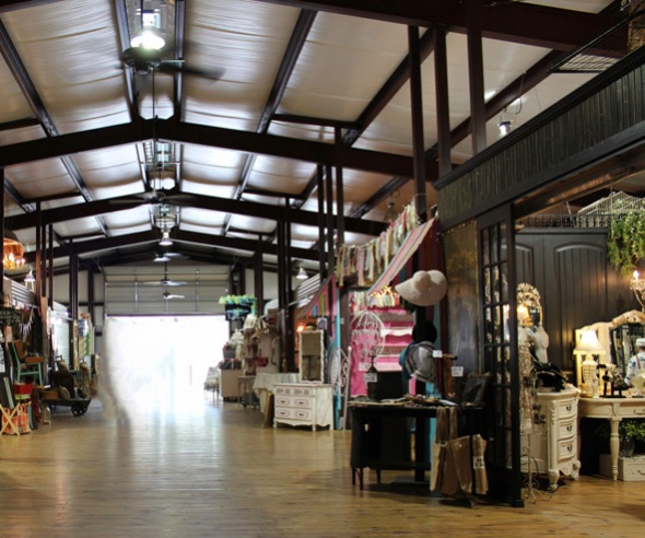 Canton Texas First Monday indoor shopping pavillion