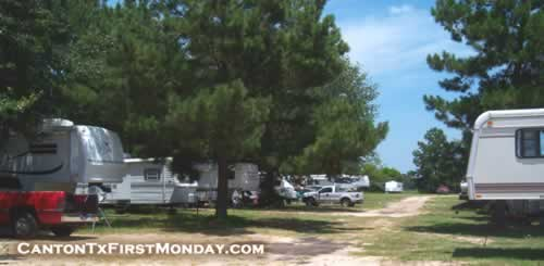 RV parking scene near First Monday Trade Days in Canton, Texas