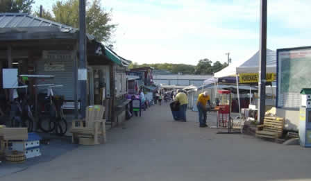 Looking for shopping bargains at First Monday Trade Days in Canton TX